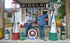 Sal thanks Gary Turner for his warm hospitality at his nostalgic location in Paris Springs, MO.